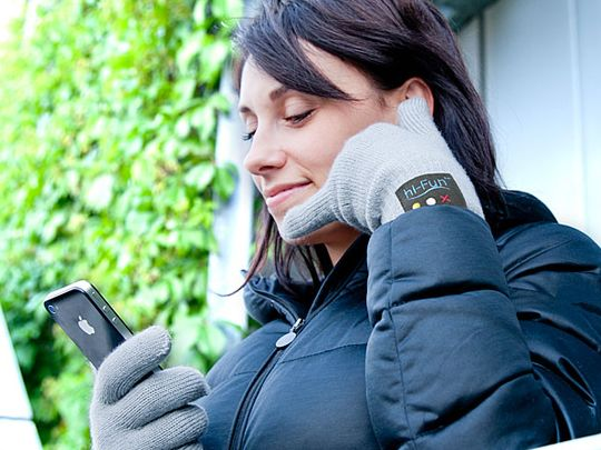 Bluetooth-Handset-Gloves