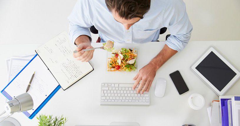 comida en la oficina Fuente de la imagen: En Naranja