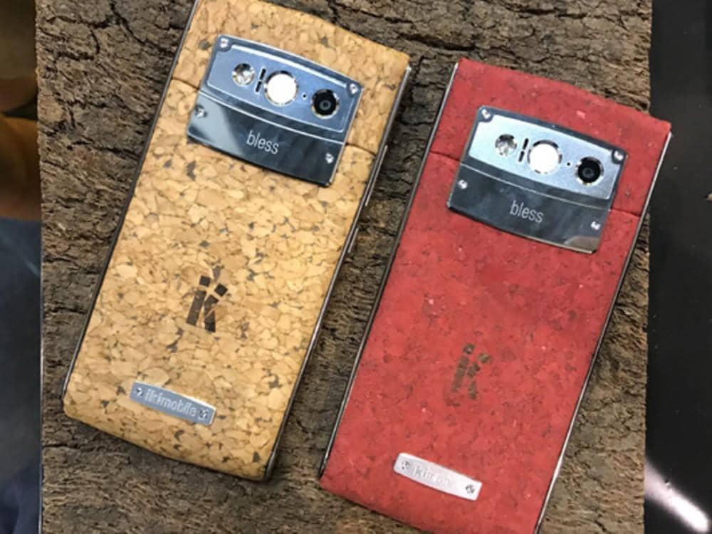 Smartphone de corcho - Fuente de la imagen: http://www.muyinteresante.es/